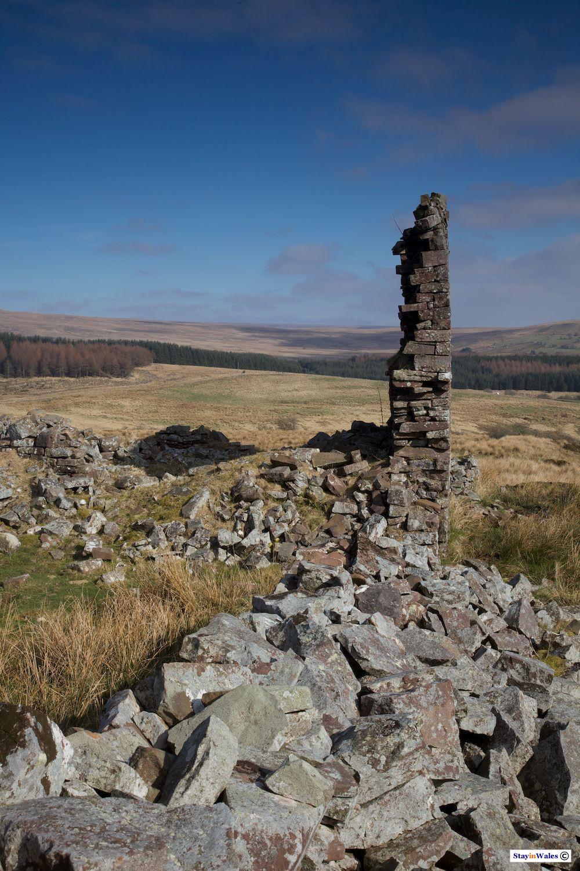 Ruined farm near Ystradfellte