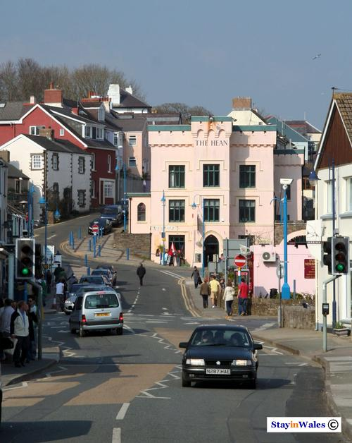 Saundersfoot town centre