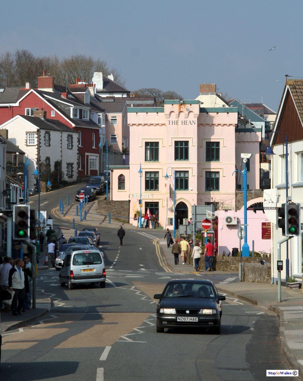 Saundersfoot town centre