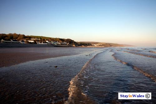 Amroth village and beach