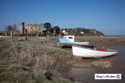 River Coran boats at Laugharne