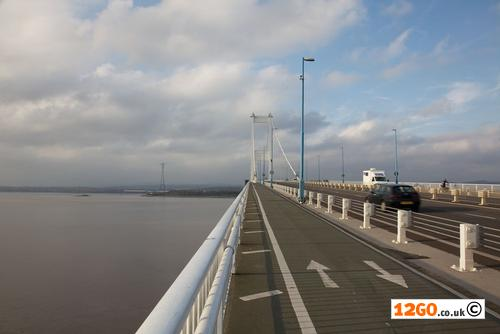 Footpath over the Severn Bridge