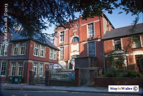 Celynen Workmen's Hall, Newbridge