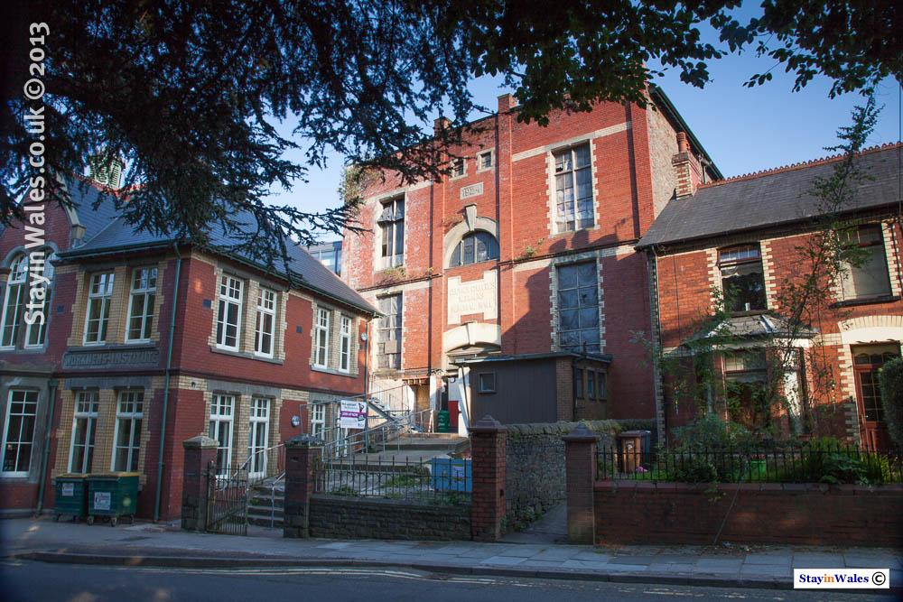 Celynen Workmen's Hall, Newbridge
