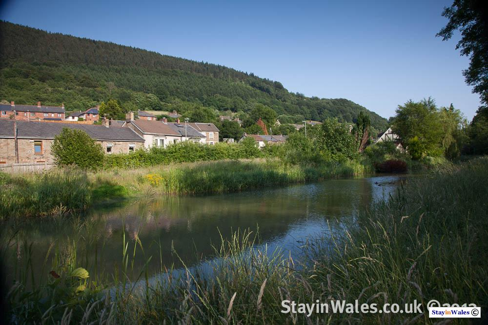 Monmouthshire Canal at Pontywaun
