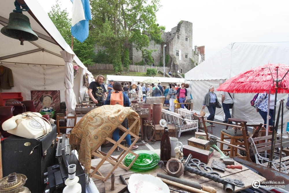 Antiques market in Hay-on-Wye