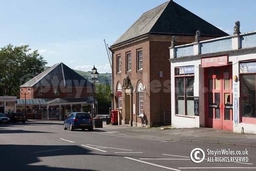 Station Crescent, Llandrindod