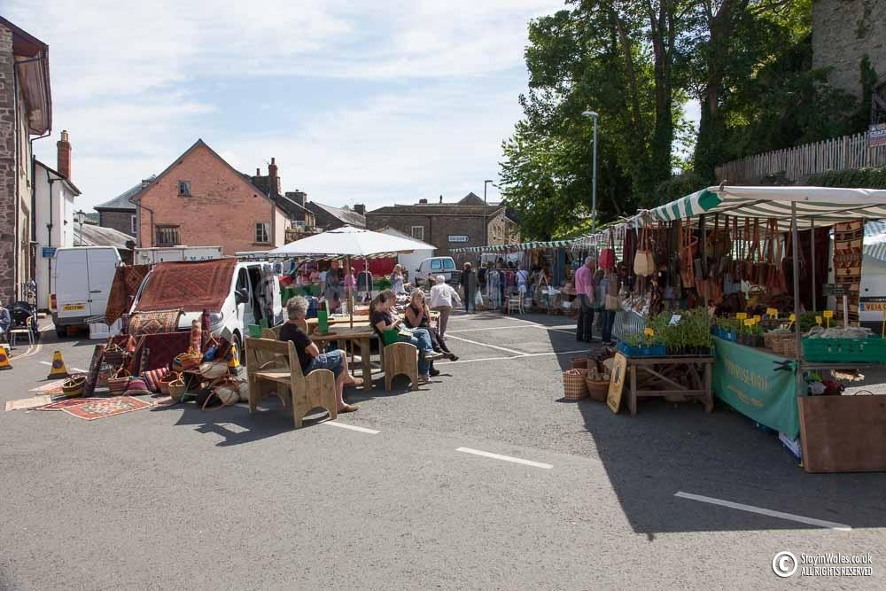 Thursday Market in Hay